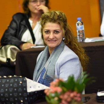 Емилия Крумова